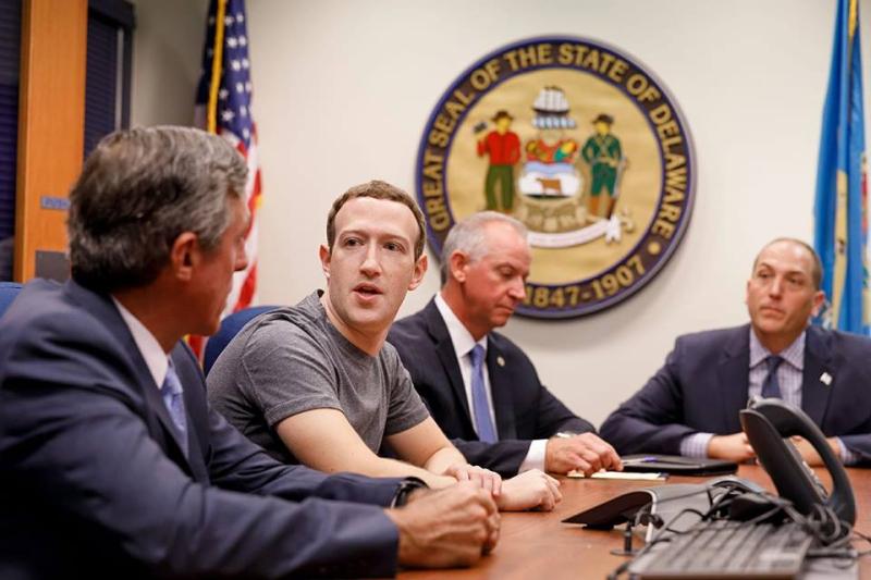 Zuckerberg 14 01 18