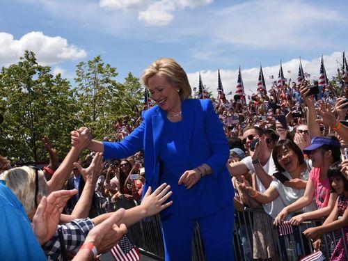 Hillary Clinton bis 14 06 15