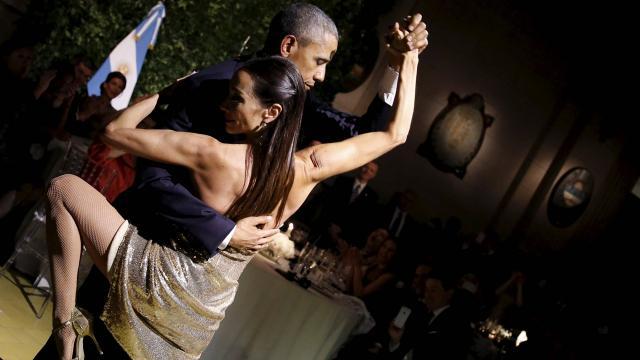 Obama tango 24 03 16