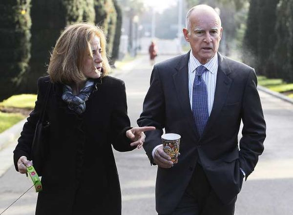 Jerry Brown 08 10 15